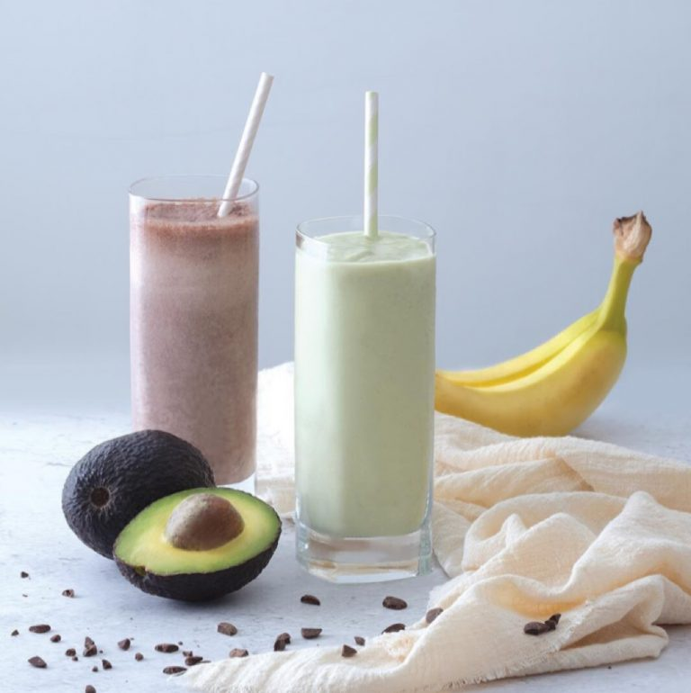 Avocado Milkshake & Banana Chocolate Milkshake