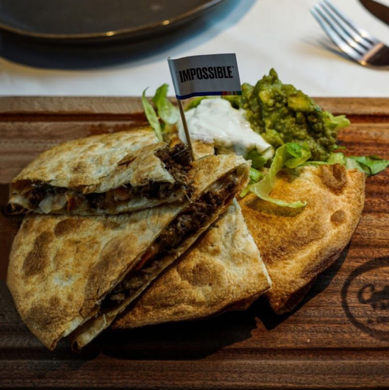 Quesadillas IMPOSSIBLE Meat
