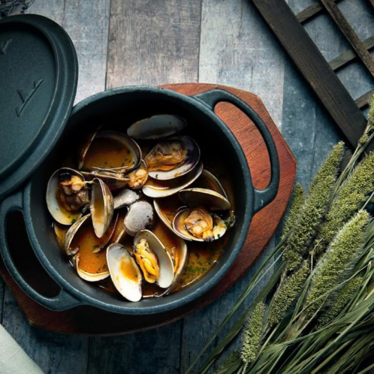 Clams with Vermouth