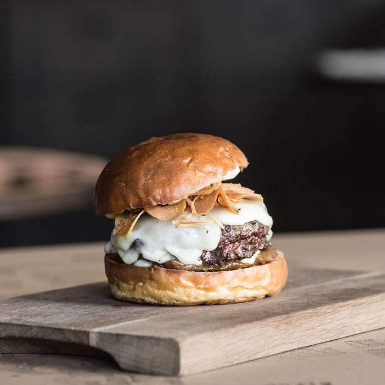 "Main: ""Frenchie"" beef burger"